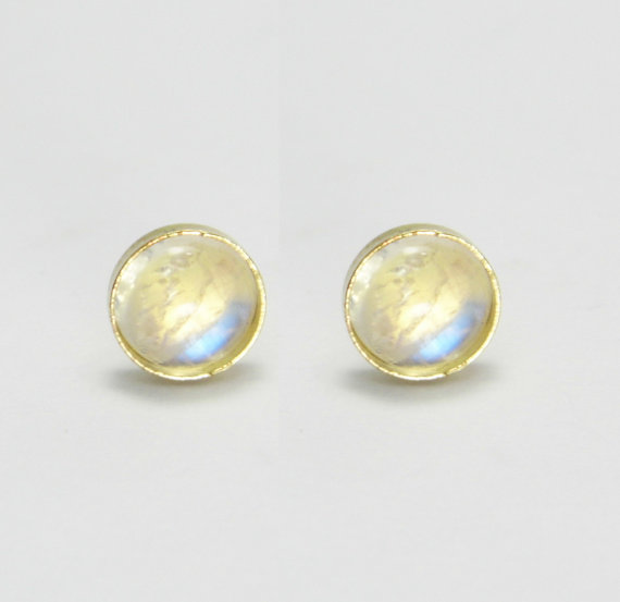 Very Moonstone Stud Earrings. 14k Gold 6mm Moonstone Stud Earrings  TX87